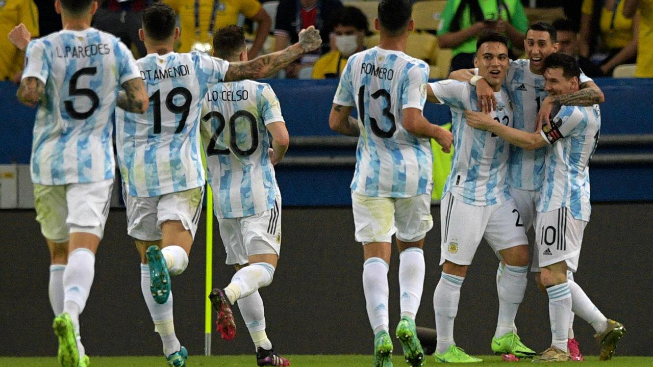 Ángel Di María festeja el gol que llevó a La Selección a la victoria